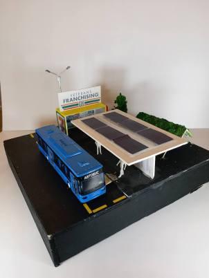 4E曾浩鏘_4E葉嘉威_節能巴士站_運用太陽能及綠化環境使電動巴士站變得更環保